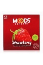 Moods Strawberry Flavoured Condoms - Pack of 12